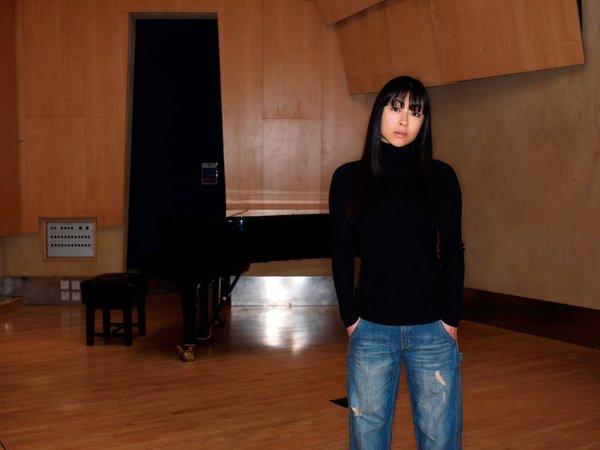 宇多田ヒカル新曲「花束を君に」公開「とと姉ちゃん」主題歌歌詞が話題に