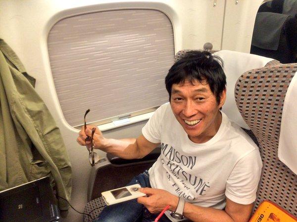 IMALU明石家さんまと新幹線でばったりツイッターで報告!画像に4万いいね