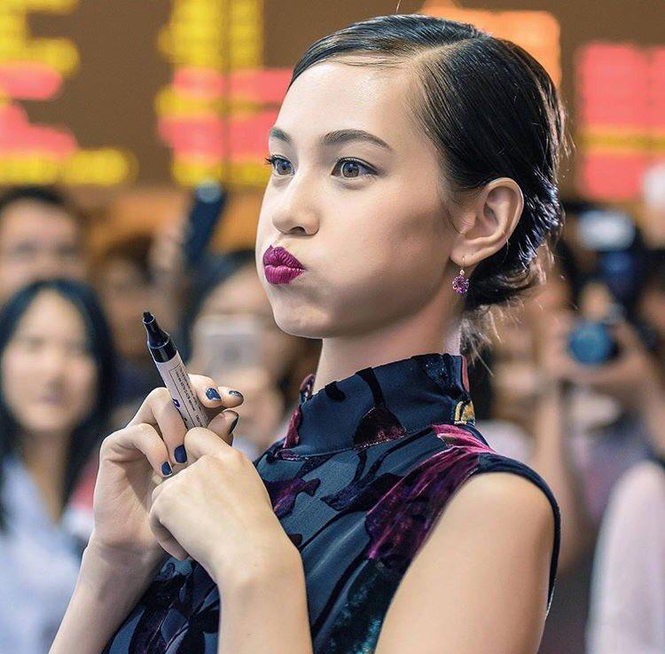 水原希子インスタ天安門で中指!中国で大炎上し謝罪動画「私は日本人では無い」