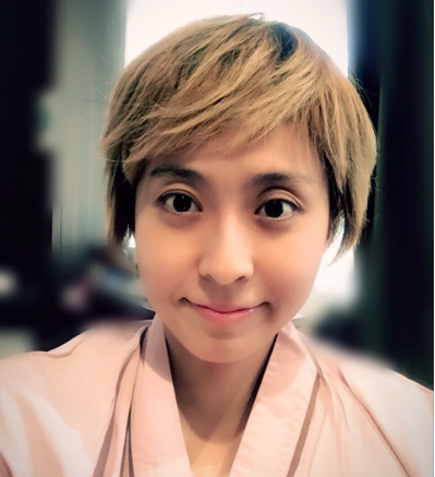 小林麻央がブログで金髪かつら姿の画像とエピソードをアップ