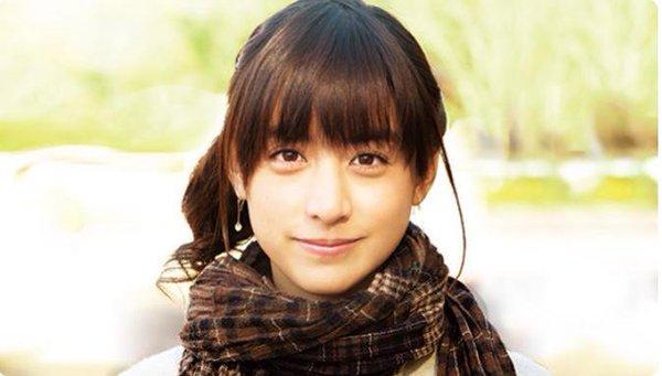山本美月専用画像フォルダを持つ山田孝之!共演とネットで収集話題の彼女