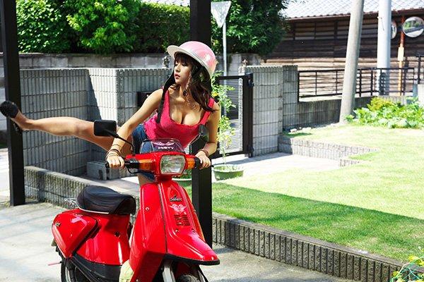 映画「14の夜」浅川梨奈がインパクト大!「来いよ! オラ、揉めよ!!」予告動画も発表