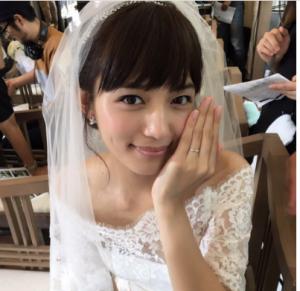 川口春奈がブログで結婚を報告!...