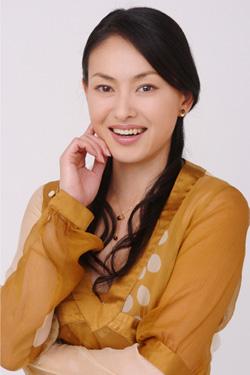 田中美奈子が居眠りバスに突っ込まれ大けが!右手ひざグチャグチャで撮影