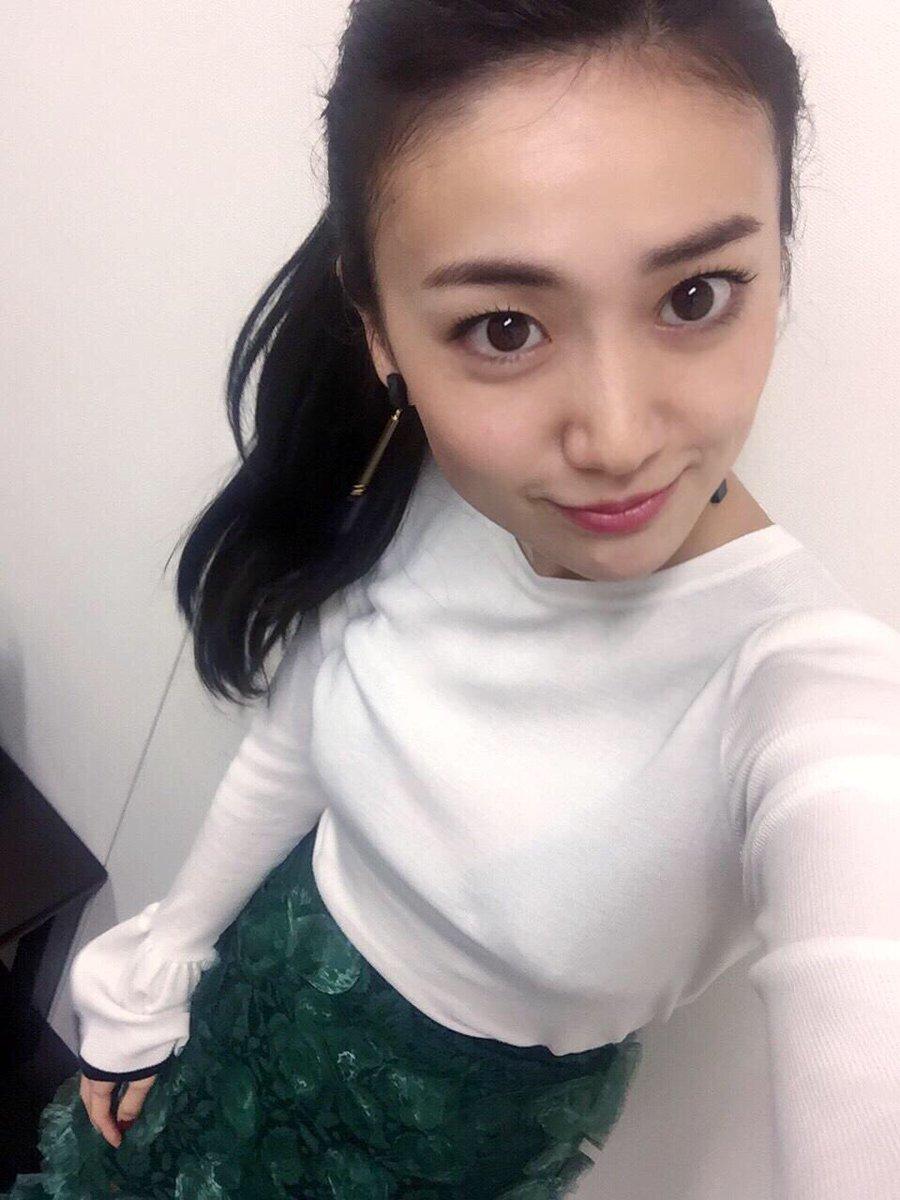 映画「疾風ロンド」大島優子の透けてる衣装にムロツヨシ凝視「気になってしようがない」