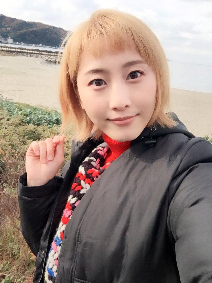 松井玲奈が「勇者ヨシヒコ」出演?メレブ風の金髪ショートを披露しファンもびっくり!