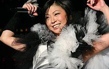 宇多田ヒカルの身長0.9㎝修正で「恥ずい」初対面の人から「わー!小さいんですね!!」