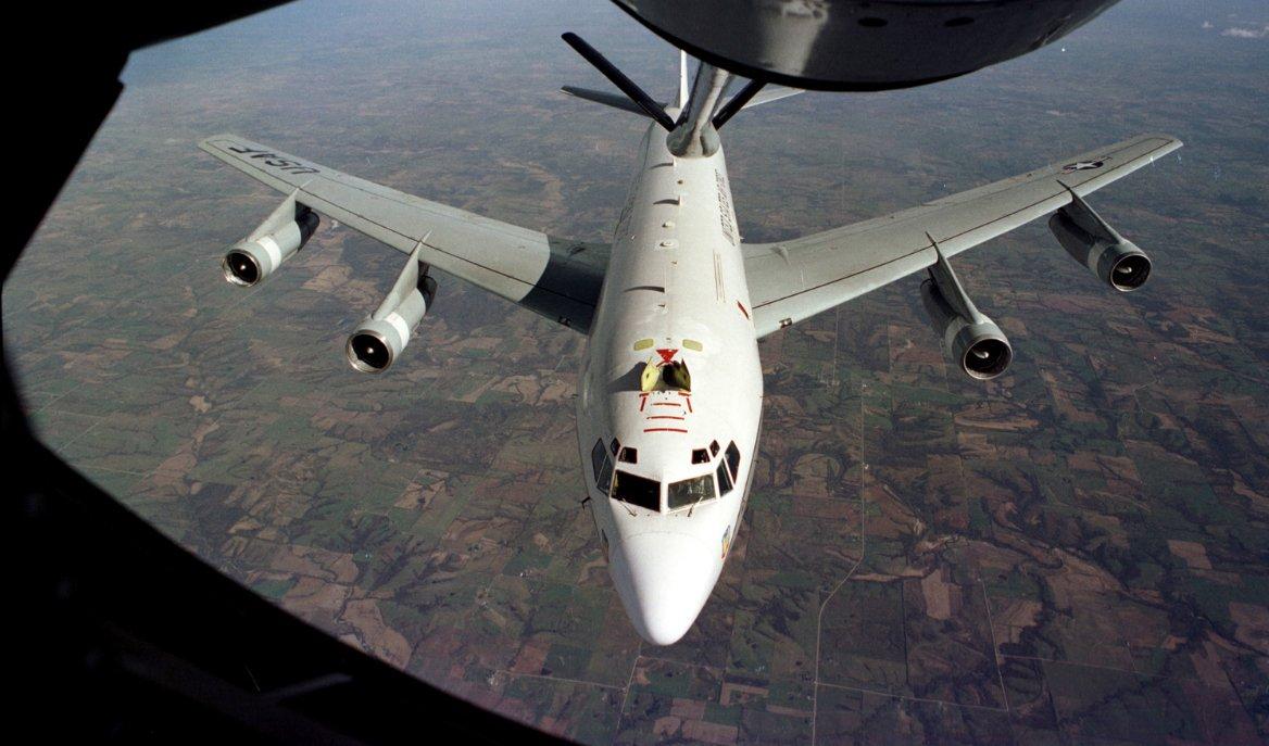 北朝鮮6回目核実験準備にアメリカが配備した『WC135』とは?沖縄到に着し任務遂行準備