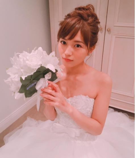 川口春奈がインスタにかわいい寝顔画像を公開し大反響!ドラマのウエディングドレス姿もアップ
