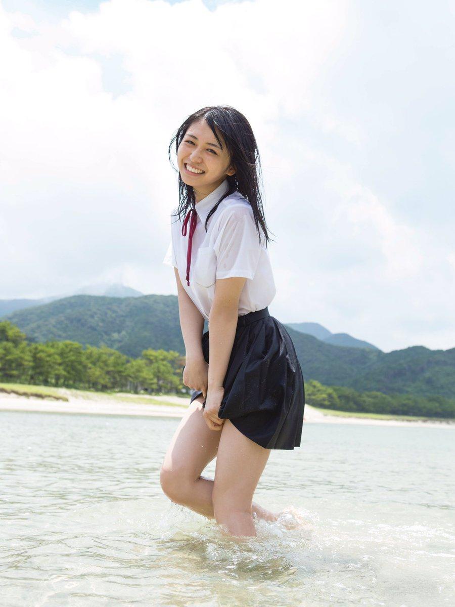 欅坂46・長濱ねるの写真集が18万部を突破!圧倒的支持の理由とプロフィール