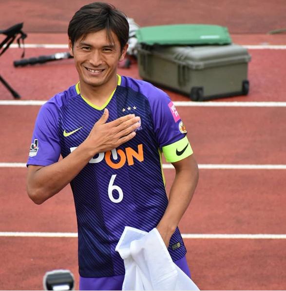 サッカー日本代表・青山敏弘がケガで離脱!100点満点のメッセージに涙