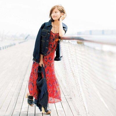 佐野ひなこ写真集発売ファン大絶賛も大富豪と熱愛やドラマに批判の女性続出