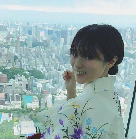 深田恭子がビキニでサーフィン!インスタ動画に「かっこよすぎる」