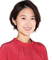 NHK近江友里恵アナ、15歳上男性と「駆け落ち婚」の真相とは