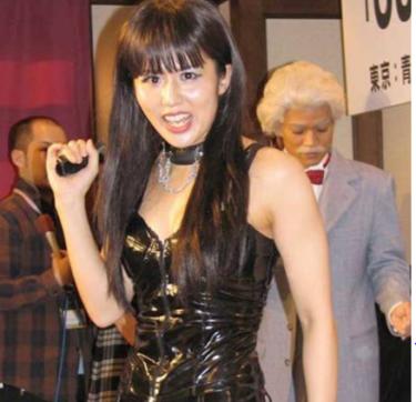 にしおかすみこ46歳の現在がすごい!ダイエット成功で腹筋割れ美ボディ